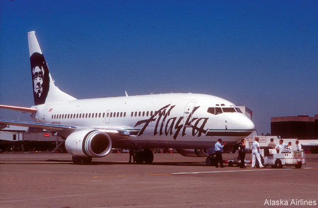 An Alaska Airlines Boeing 737-700