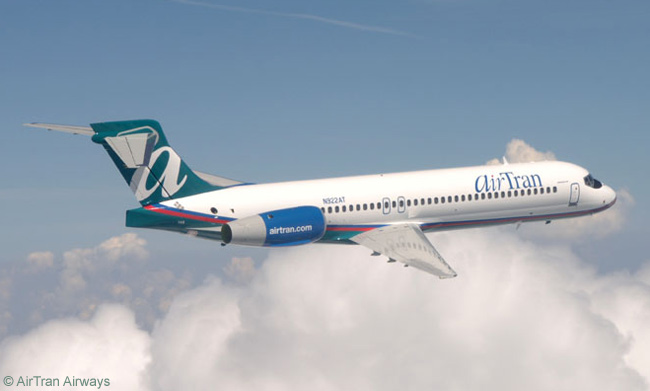 An AirTran Airways Boeing 717