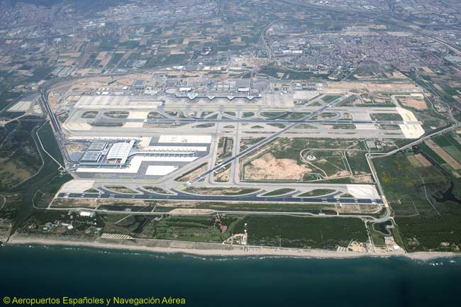 87a140f46f3 An aerial view of Barcelona International Airport and the neighbouring El  Prat district. The airport s