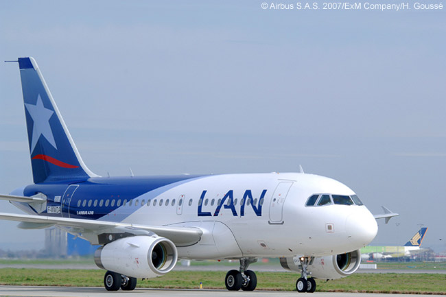 LAN Airlines and its affiliates throughout Latin America operate a modern short-haul fleet of 43 Airbus A320-family aircraft, including 10 A318s. The airline also operates a long-haul fleet of Boeing 767-300ERs and A340-300s and has ordered Boeing 787s