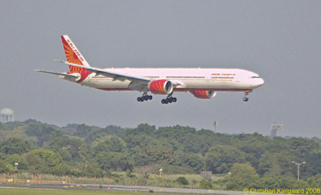 An Air India Boeing 777-300ER makes its final approach to New York John F. Kennedy International Airport's Runway 22L for landing