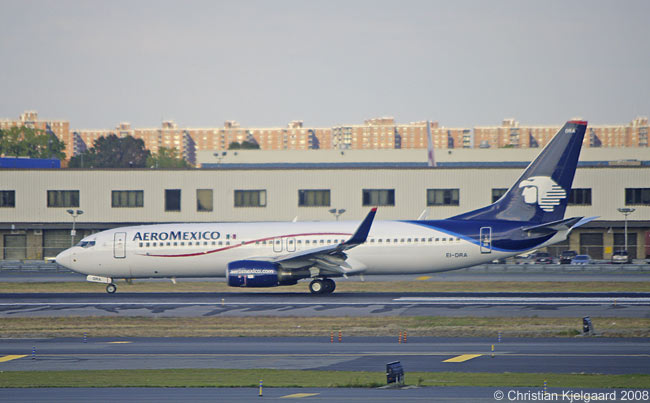 AeroMexico operates an all-Boeing lfeet that includes Boeing 737-700s, 737-800s (One is seen here at New York JFK), Boeing 767-200ERs and Boeing 777s. AeroMexico has also signed a lease deal with ILFC to operate Boeing 787s