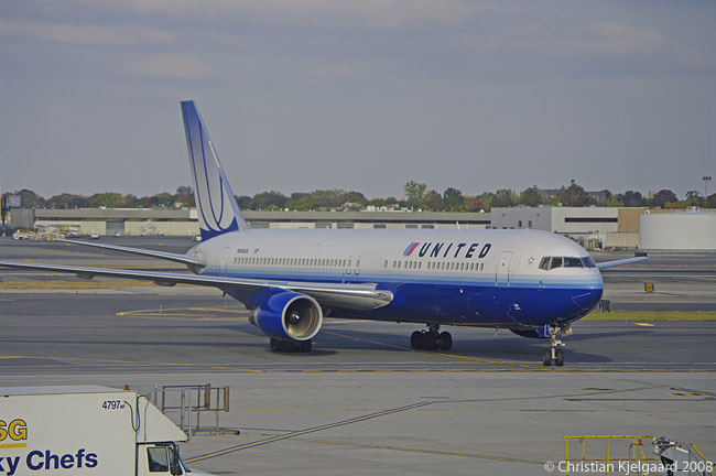 Along with the Boeing 777-200, the Boeing 767-300ER forms the backbone of United Airlines' long-haul fleet. United has one of the oldest fleets of any U.S. airline