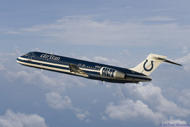 AirTran Airways unveiled this theme-liveried 'Colts 1' Boeing 717, painted in honor of the Indianapolis Colts NFL sports team, on November 10, 2009