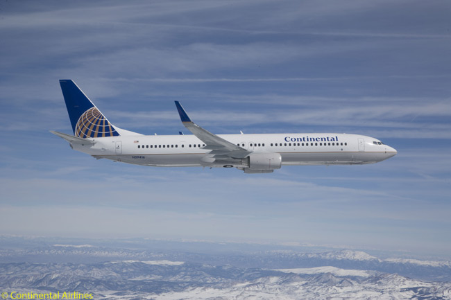 Continental Airlines' huge Boeing 737 fleet includes 12 737-900s and 28 737-900ERs, the longest-fuselage versions of the high-selling 737 family