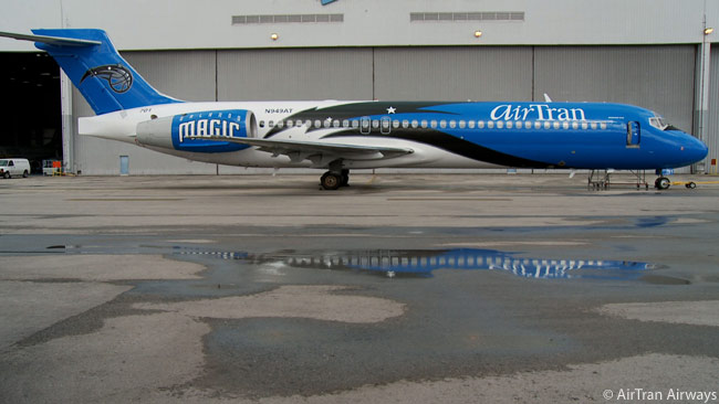 AirTran Airways has painted this Boeing 717 in the colors of the Orlando Magic NBA professional basketball team, to mark its commercial and charity partnership with the sports franchise. The aircraft is the fourth 717 that AirTran has painted in the colors of a sports team, with three previously unveiled in the colors of different professional American football teams