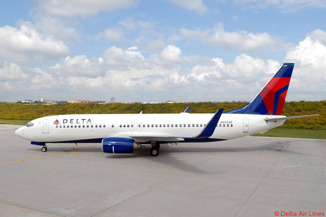 Delta Air Lines' domestic and regional international fleet includes a large number of Boeing 737-800s