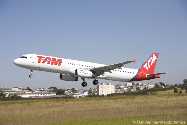 TAM Airlines operates a few Airbus A321-200s on domestic routes, in one-class, 220-seat configuration