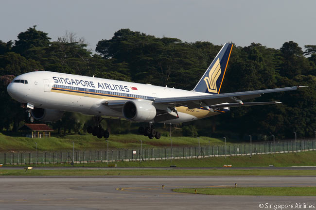 Singapore Airlines operates 66 Boeing 777s. Among them are Boeing 777-200s, 777-200ERs, 777-300s and 777-300ERs. This photograph shows a 777-200 landing at Singapore's Changi International Airport