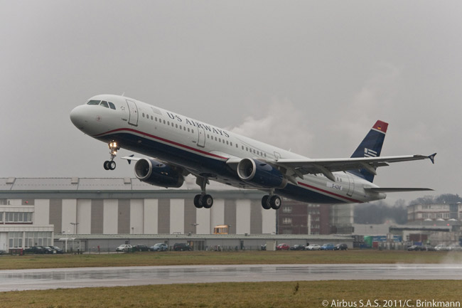 Less than two years after delivering its 6,000th aircraft, Airbus handed over its 7,000th commercial jet. The aircraft in question, an A321-200 for US Airways, was officially handed over to the U.S. carrier at Airbus' Hamburg facility on December 12, 2011 – a gray, rainy day in the North German city – for its delivery flight