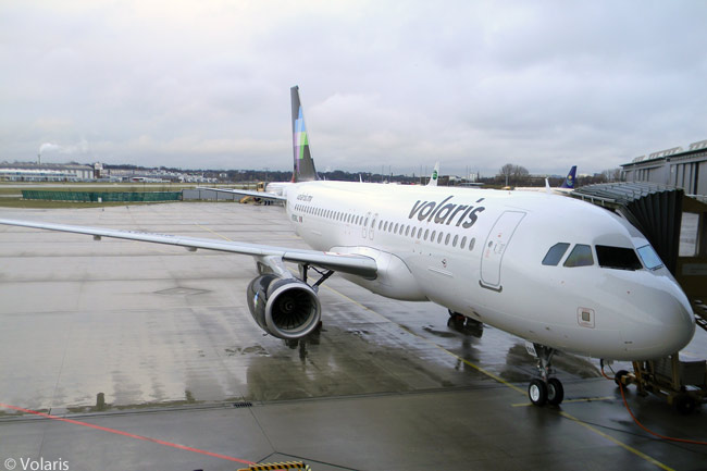 Mexican carrier Volaris operates an all-Airbus fleet of A320s and A319s on a network which by December 2013 encompassed 96 routes linking 33 Mexican and 13 U.S. cities
