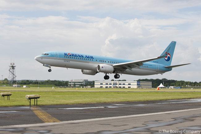A Korean Air Boeing 737-900ER, featuring Boeing's Sky Interior, was the second Boeing aircraft to arrive at the Farnborough International Airshow 2012. It arrived on the afternoon on June 8, the first press day of the show