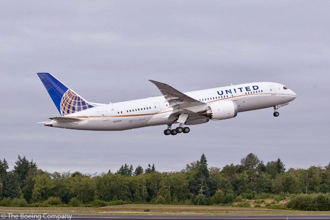 United Airlines received the first of 50 Boeing 787-8s on order on September 24, 2012