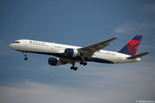 Delta Air Lines Boeing 757-200 N647DL is photographed on final approach to Vancouver International Airport
