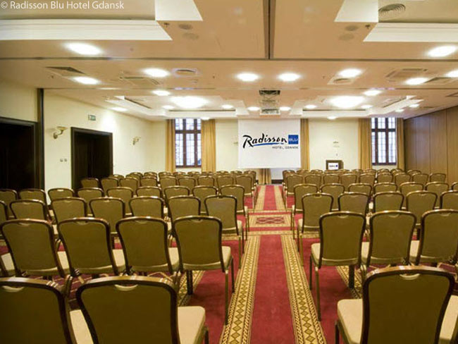 The Radisson Blu Gdansk is a popular hotel with businesspeople. In line with this, the hotel contains 165 square meters (1,776 square feet) of meeting space, encompassing a ballroom and two break-out rooms