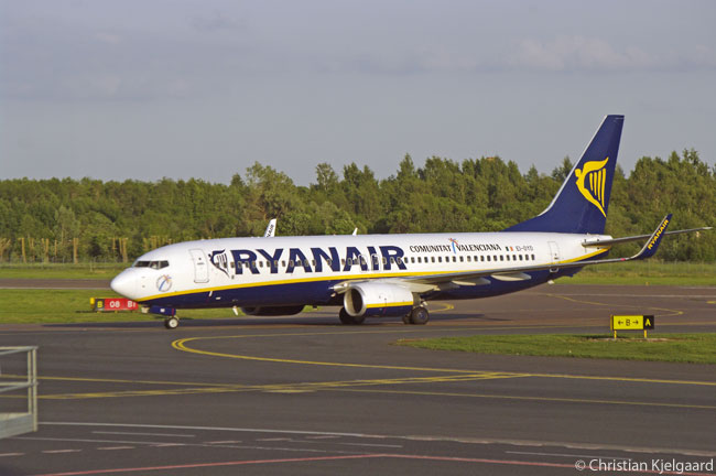 A Ryanair Boeing 737-800 taxis in towards its gate at Tallinn's Lennart Meri International Airport