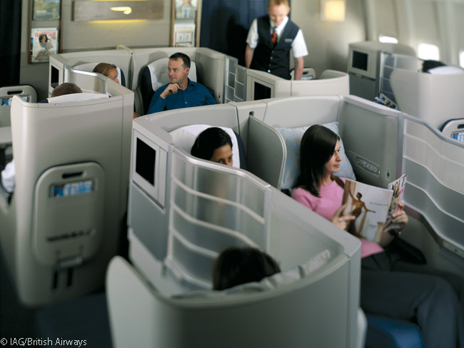In its Boeing 747-400s, 777s, 787s and A380s, British Airways arranges the seats in its main-deck Club World business class cabins in 2-4-2 row arrangements. By means of clever seat layouts, however, each seat has direct aisle access
