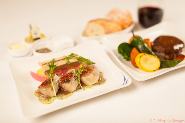 ANA offers a choice of Japanese and Western dishes for its Boeing 787 business class in-flight meal service