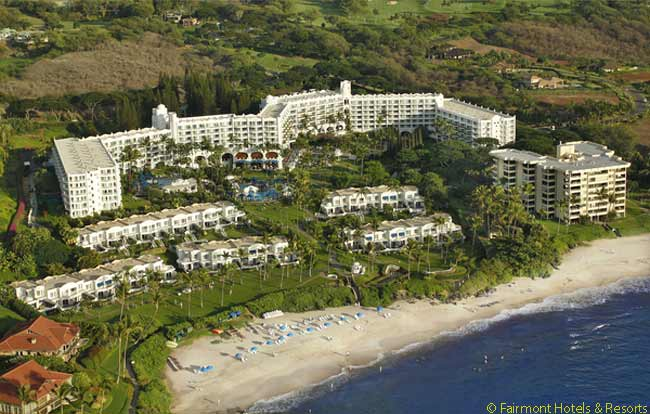 The Fairmont Kea Lani on Maui has 413 rooms. Every room in the hotel is actually a one-bedroom suite. Outside, on the 22-acre grounds, stand 13 two- and three-bedroom villas