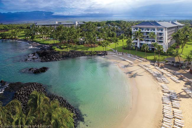 The Fairmont Orchid has a beautiful beach-side setting and is surrounded by tropical gardens and golf courses