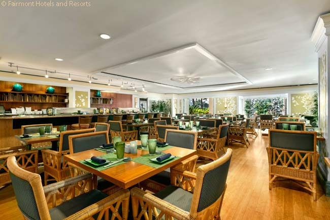 The Fairmont Orchid has a variety of restaurants, offering different cuisines. Norio's Japanese Steakhouse and Sushi Bar, run by a talented young Japanese American chef, is one of them