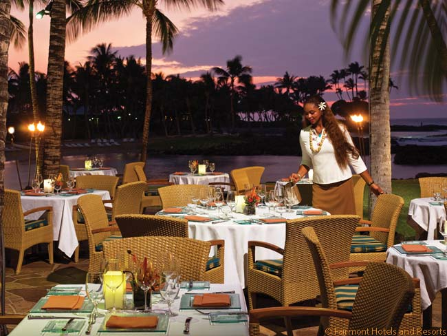 The best-known restaurant at the Fairmont Orchid is Brown's Beach House, which has an outdoor setting close to the sea