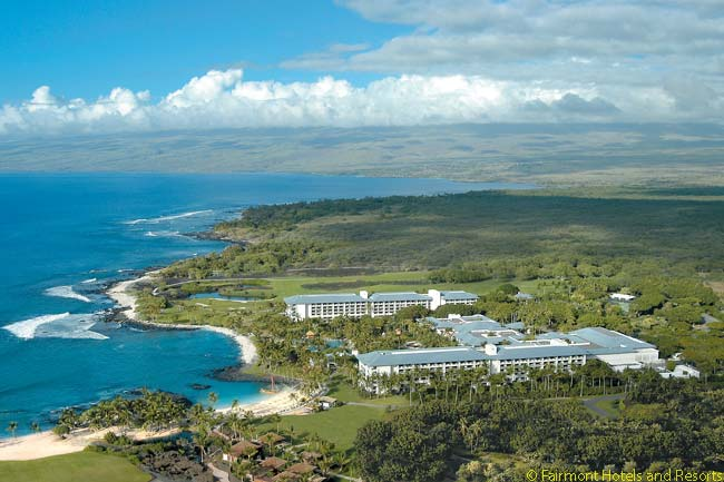 The twin main residential buildings of the Fairmont Orchid are set beside the Pacific Ocean on the Kohala Coast, in the northwest corner of the Big Island of Hawaii