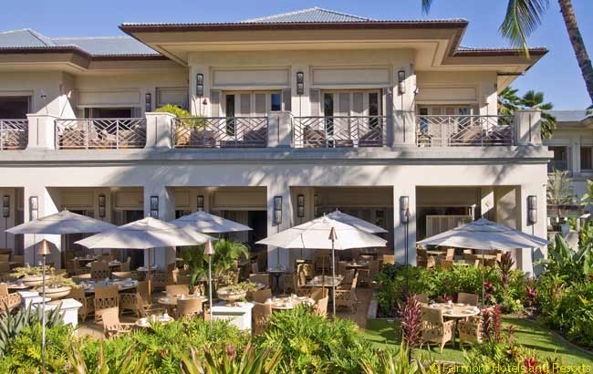 At the Fairmont Orchid, the ground-floor Orchid Court offers a sizable and diverse breakfast menu. It is a pleasant place to breakfast al fresco, in a space shared with perky little wild birds. This restaurant is open to all guests of  the resort