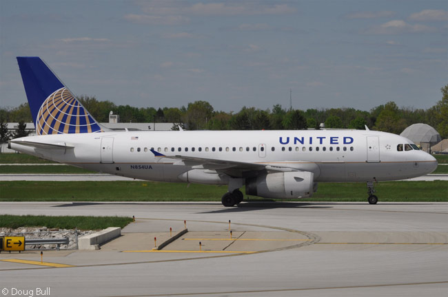 United Airlines operates more than 50 Airbus A319s and nearly 100 A320s