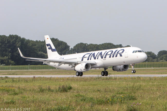 Finnair took delivery on September 6, 2013 of the first Airbus A321 fitted with Sharklets. The Finnish carrier was the launch customer for the Sharklet-equipped A321, with an order for five. This photograph shows the aircraft taking off from Finkenwerder airfield in Hamburg, where Airbus has an A319 and A321final assembly line