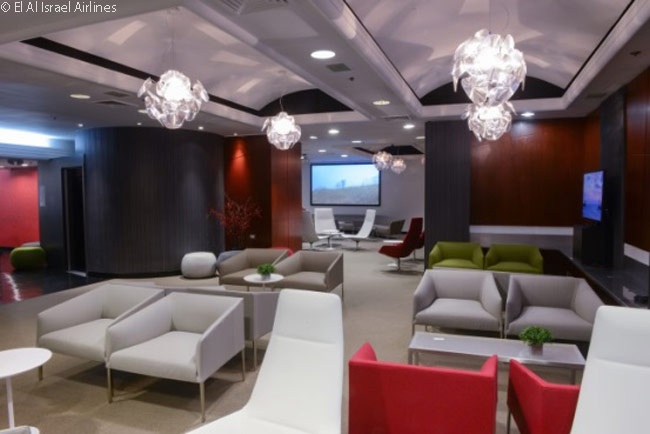 The Luxury Lounges Ltd. Company established El Al's new 'Art & Lounge' at Newark Liberty International Airport, designing the space to suit the expected design and art installations