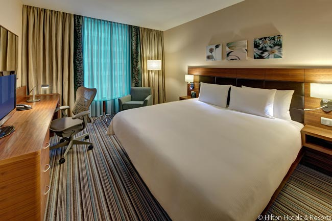 The guestrooms in the Hilton Garden Inn Frankfurt Airport are reasonably sized, have comfortable beds, free Wi-Fi and all the conveniences guests expect from modern hotels. Some of the hotels 334 guestrooms are actually suites