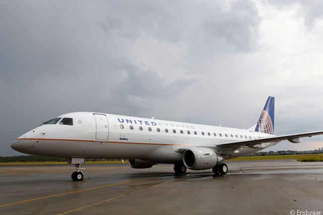 As of March 2014, Utah-based SkyWest, Inc. had placed firm orders for 40 Embraer 175 and also held reconfirmable orders for 60 more, as well as options on 100 additional Embraer 175s. If it converts all its commitments to firm orders, SkyWest will receive a total of 200 Embraer 175s. In addition, in 2013 SkyWest also placed a 100-aircraft firm order for Embraer 175-E2 jets and took options on 100 more