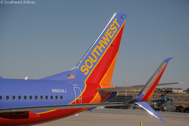 On April 9, 2014, Southwest Airlines operated its first revenue flight with a Boeing 737-800 fitted with Aviation Partners' Split Scimitar Winglets