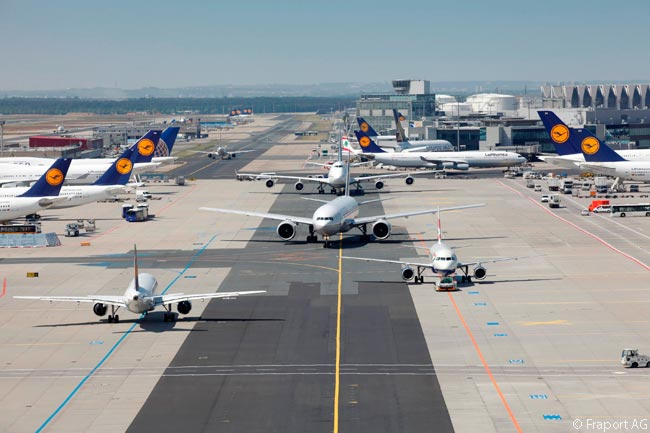 In terms of passengers handled in 2013, Frankfurt Airport was the third-busiest in Europe (after London Heathrow and Paris Charles de Gaulle) and the 12th-busiest in the world. During the year, Frankfurt Airport handled just over 58 million passengers