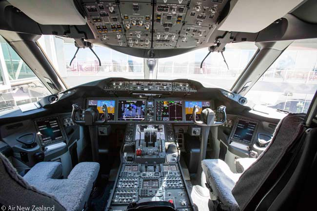 This is what the flight deck of Air New Zealand's first Boeing 787-9 looks like