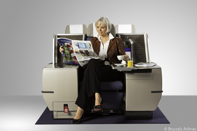 Brussels Airlines' long-haul Business Class cabins each have 30 seats, all of which recline to become fully flat beds. In each cabin there are eight individual seats with wide tables on each side. Brussels Airlines informally calls these seats 'king' seats