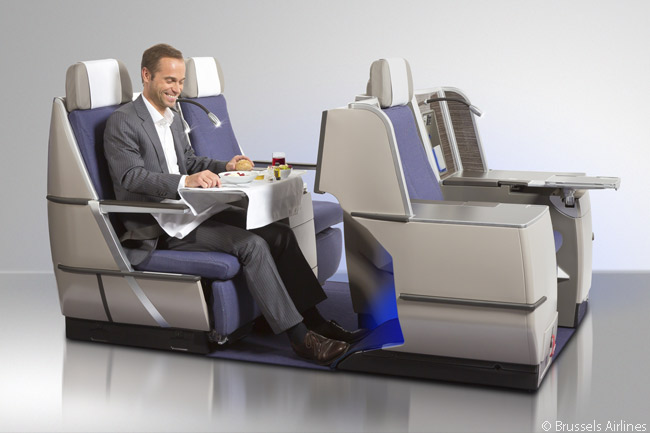 In Brussels Airlines' long-haul Business Class cabins, passengers can choose to sit together with someone else or individually. In all, 24 of the 30 seats in each of the cabins offers direct aisle access