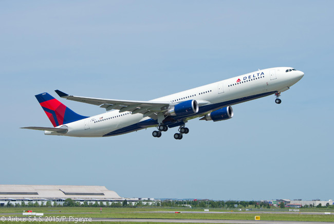 In this photo, Delta Air Lines' first 242-tonne-MTOW Airbus A330-300 takes off for a pre-delivery test flight