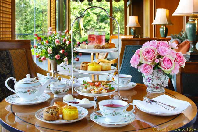 The Hotel Chinzanso Tokyo has 12 dining options, one of which is the Le Jardin Restaurant