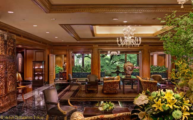 The Hotel Chinzanso Tokyo evokes a serene, nuanced style refined long ago in Japan. This is its lobby