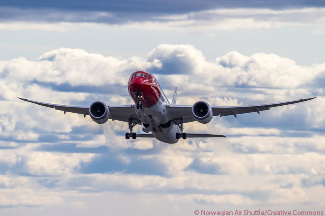 Norwegian Air Shuttle operates eight leased Boeing 787-8s. It has also agreed leases on 11 787-9s and placed a firm order on October 22, 2015 for 19 additional 787-9s. In placing the order, Norwegian also seured options on 10 more 787-9s