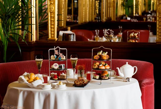 The Oscar Wilde Bar in London's Hotel Café Royal serves traditional English afternoon tea, offering sandwiches, scones, jam and clotted cream, flutes of Champagne – and a short talk given to guests about the room's provenance
