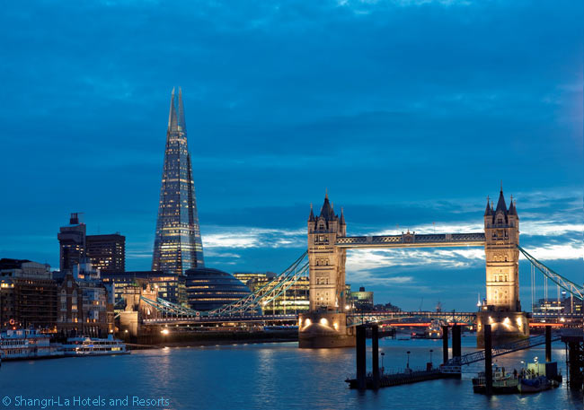 Located in The Shard, London's tallest building, the Shangri-La at The Shard has magnificent views north over the River Thames to the City of London and the City of Westminster. The world-famous Tower Bridge is also nearby