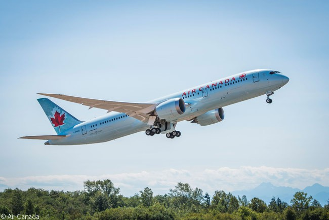 By April 2016, Air Canada had ordered 29 Boeing 787-9s and eight 787-8s, with all of the latter aircraft already in commercial service with the airline. This photo shows one of Air Canada's Boeing 787-9s taking off