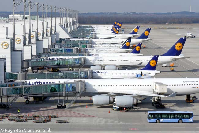 At Munich Airport, Lufthansa and Star Alliance carriers use Terminal 2, which is operated by a joint-venture company 60 per cent owned by Munich Airport and 40 per cent owned by Lufthansa. Lufthansa and its partners are now also using the new midfield Terminal 2 Satellite, which is off to the right of this view